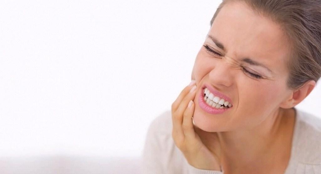 بهترین روش ها و شیوه های کاهش درد دندان چیست